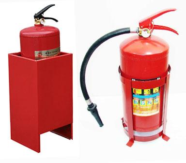 Подставки для огнетушителей п15 и п20 - напольные и настенные 82