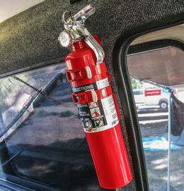 Огнетушитель автомобильный для грузового автомобиля